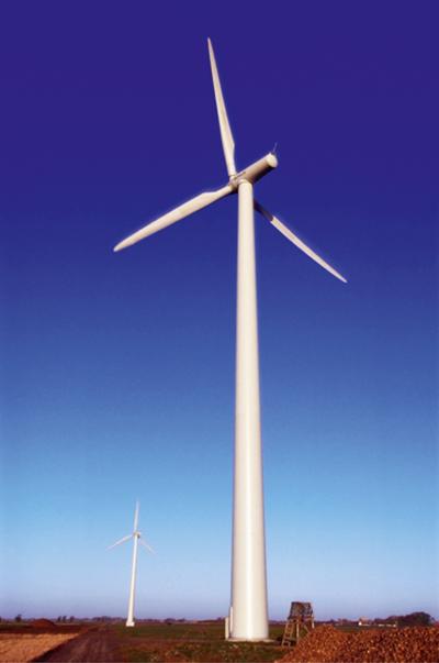 Sverige gynnas av att ha stora naturtillgångar i form av vattenkraft, bioenergi och goda förutsättningar för vindkraft med våra långa kustremsor. Foto: Vattenfall