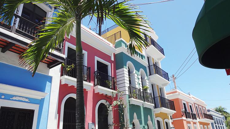 Putsade fasader i San Juan i Puerto Rico.