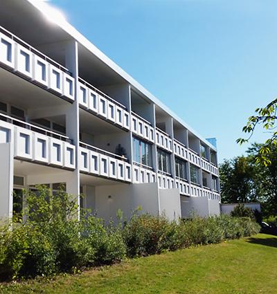 Husen i kvarteren Havamal och Eddan på Linero ritades av Sten Samuelson och uppfördes under 1969 till 1972.