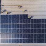 Installation av solceller och batterilager i befintliga byggnader